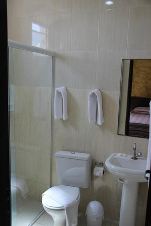 Hotel Guarumar : Banheiro