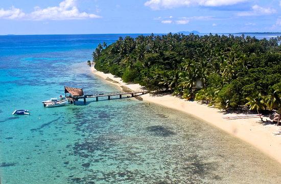 Leleuvia Island Resort: Aerial of the Jetty