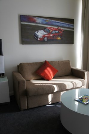 Rydges Mount Panorama Bathurst: living area
