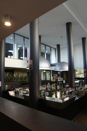 Rydges Mount Panorama Bathurst: dining room