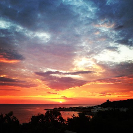 Cala D'Aspide Resort: Il tramonto dalla terrazza
