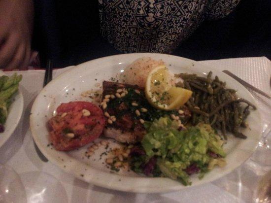 Au rendez-vous de la Marine : Steak d'espadon au basilic frais et sel de Guérande. Tendre et délicieux !