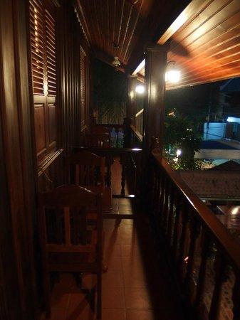 Villa Chitdara: Balkon