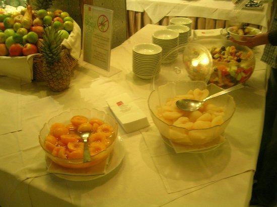 Parc Hotel Gritti : Frühstücksbuffet