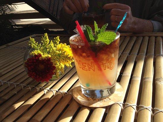 Ventiki Tiki Bar and Lanai: Mai Tai on the bamboo patio table