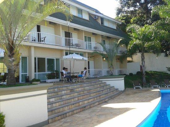Hotel Vila Verde Atibaia : Vista para Quartos da Piscina