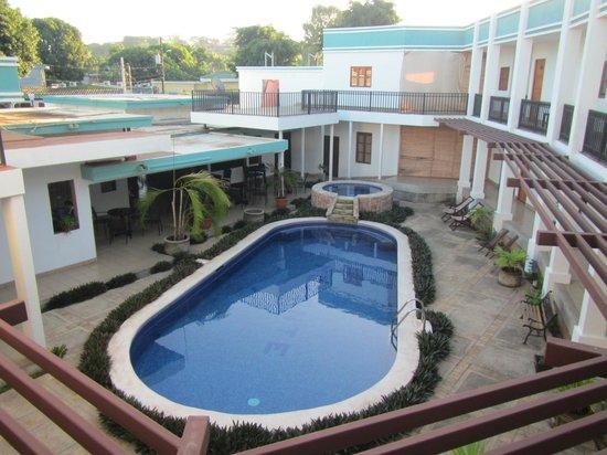 Hotel Mozonte: Area piscina
