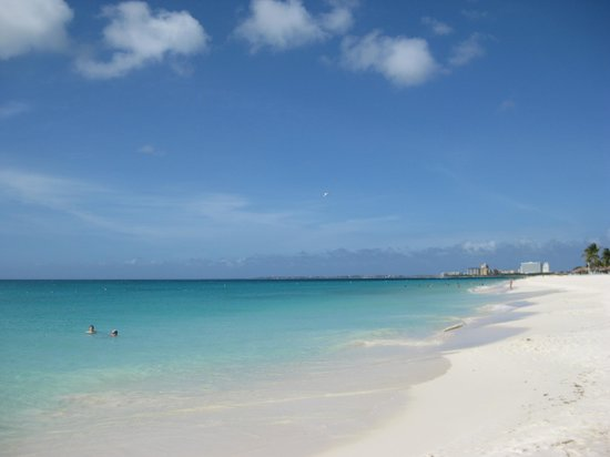 Sole Mare: Beautiful beaches in Aruba