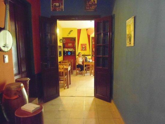 Hostel El Malecon : Yendo a desayunar