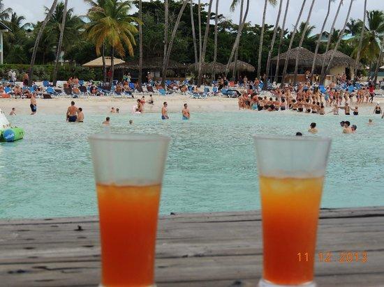 Dreams La Romana Resort & Spa: playa desde pasarela