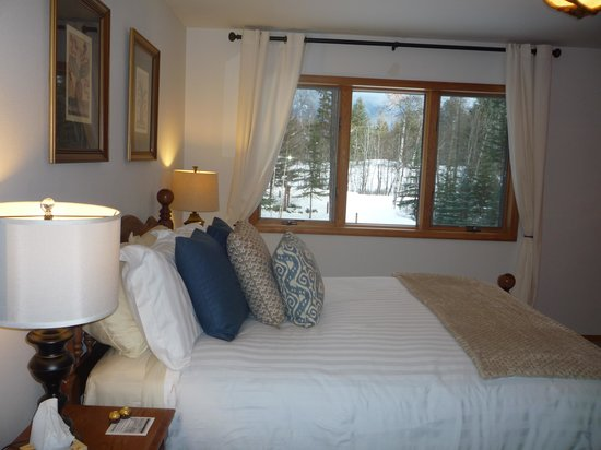 Meadow Lake View Bed and Breakfast : getlstd_property_photo