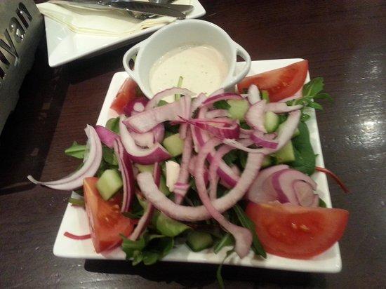 Banyan Bar & Kitchen: house salad