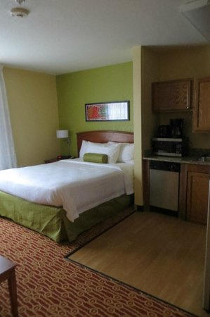 TownePlace Suites Newport News Yorktown: Room 105