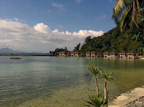 El Nido Resorts Lagen Island: The view of water cottages 109 to 118
