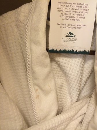 Hotel Talisa, Vail: Stained robe