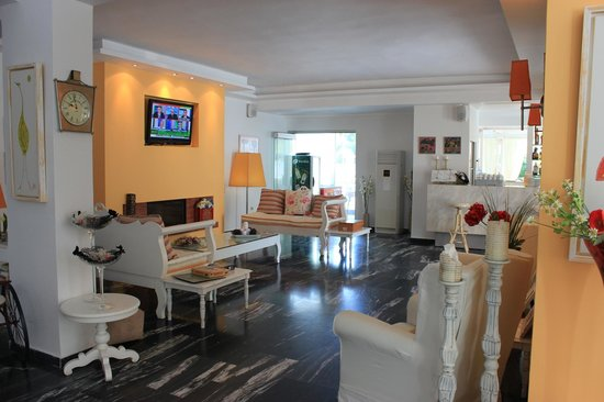 Mandraki Village Boutique Hotel: The lovely reception