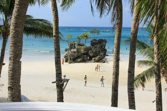 Nigi Nigi Too Beach Resort: View from balcony