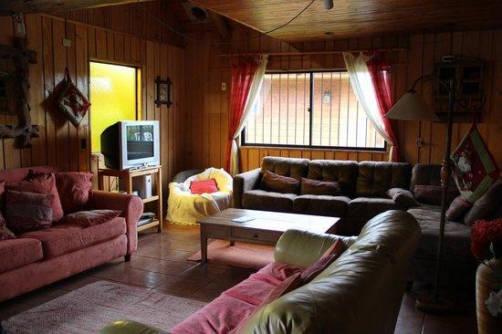 Donde German Hostel: sala comum