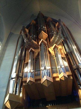 Iglesia de Hallgrímur (Hallgrimskirkja): The Organ