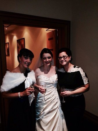 Mullingar Park Hotel: Me,my sister and friend.