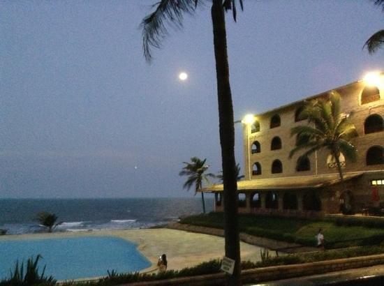 Coliseum Beach Resort: Lua linda vista da rede na varanda ( ap 126 )
