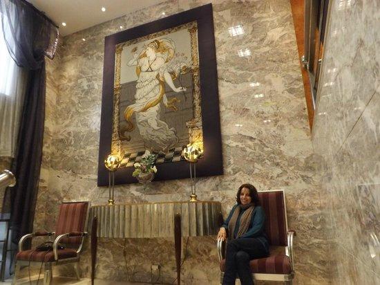 Hotel Travel Park: acceso al comedor