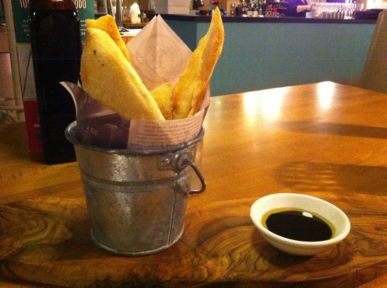 Zizzi - Falmouth: A massively overpriced bread basket at £3.95.