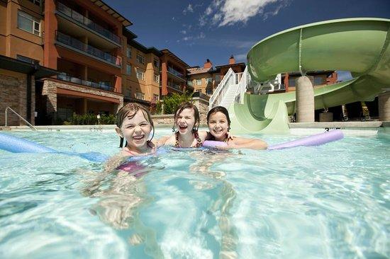 Watermark Beach Resort: Fun on the Waterslide