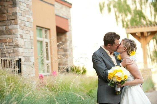 Watermark Beach Resort: Just got Married!