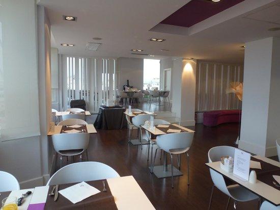 Ayre Hotel Astoria Palace : Salle de petit déj.