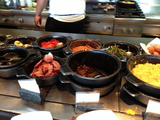 Radisson Blu Gautrain Hotel: Breakfast
