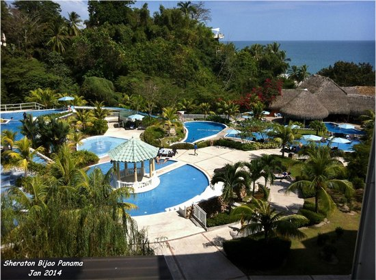 Sheraton Bijao Beach Resort : View from our building from 8th floor