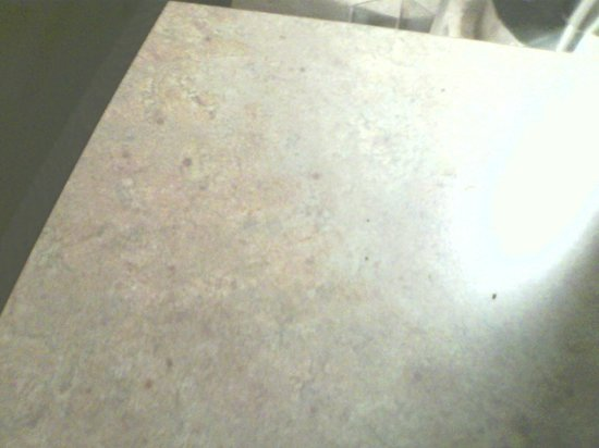 Red Roof Inn Princeton - Ewing: ashes/dirt on desk