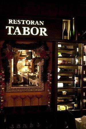Restoran Tabor : Tabor vinery
