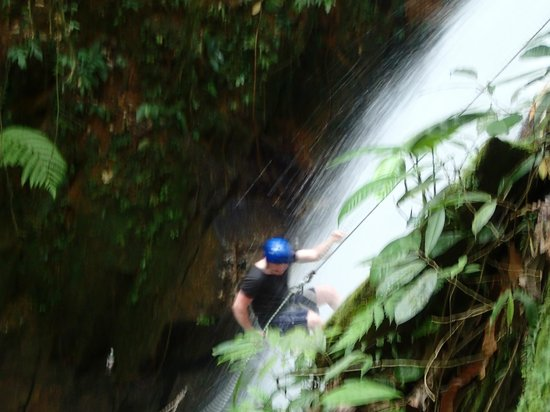 My Gopeng Resort: Waterfall Abseiling