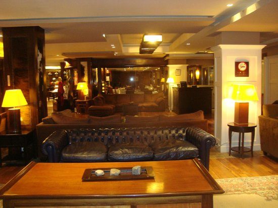 Alto Calafate Hotel Patagonico: lobby hotel