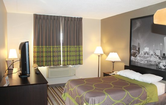 Super 8 Bridgeview/Chicago Area: King Room