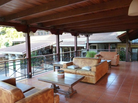 El Rodeo Estancia Boutique Hotel & Steakhouse: Lounge Area