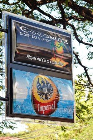 Coconutz Sports Bar & Restaurant : The sign