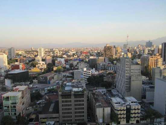 Hotel Century Zona Rosa Mexico: View from rooftop pool