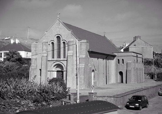 Inishbofin House Hotel & Marine Spa: Church