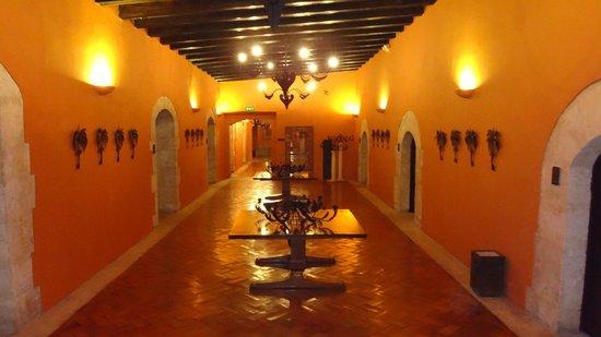 Hodelpa Nicolas de Ovando : hotel corridor