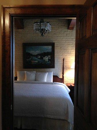 Ansonborough Inn: King bedroom from the sitting room