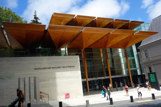 Auckland Art Gallery Toi o Tāmaki: The new portion of the museum