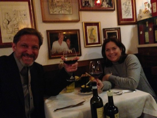 Osteria Oliva Nera : Toasting our anniversary.