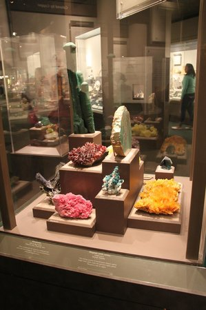 National Museum of Natural History: Minerals and Gem Display