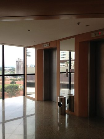 Grand Bittar Hotel: elevadores