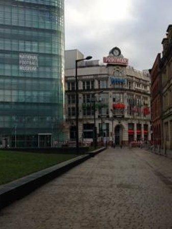 Park Inn by Radisson Manchester, City Centre: Short walk from hotel