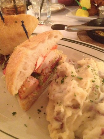 District Chophouse & Brewery: Lobster Club with White Cheddar Potatoes