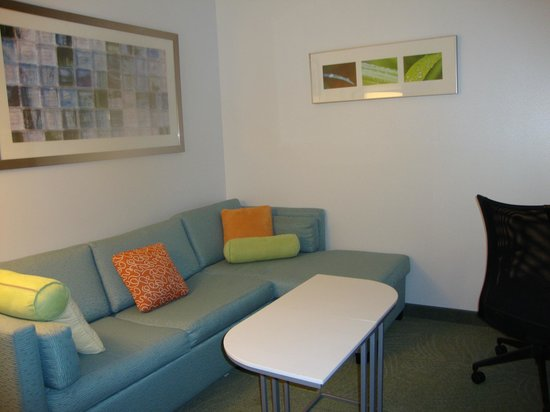 SpringHill Suites by Marriott Saginaw: Sitting area